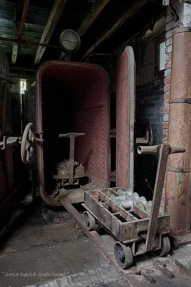 Steamer for Silk Thread